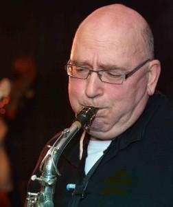 MARTEN DE NES, alto sax 2/clarinet 2 Limehouse Jazzband