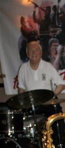 Laurie Chescoe, jazz drummer extaordinaire, here at Farnborough Jazz Club, Kent (2016)